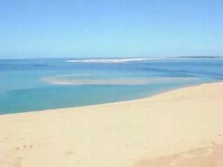 莫桑比克:      Bazaruto