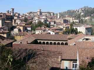贝加莫:  伦巴第:  意大利:      Bergamo, architecture