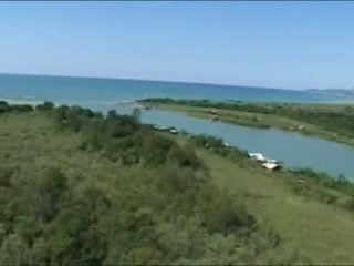 ツェティニェ:  ウルツィニ:  モンテネグロ:      Bojana River