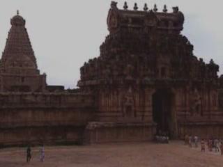タミル・ナードゥ州:  インド:      Brihadeeswarar Temple