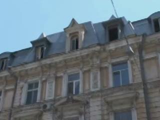 Odessa:  Ukraine:      Building on the corner of Deribasovskaya and Richelieu