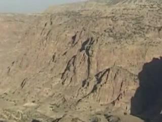 Дана:  Иордания:      Каньоны заповедника Дана