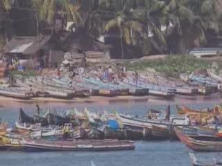 Kerala:  India:      Catamaran in Kerala