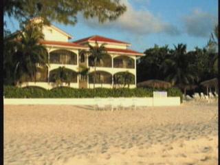 Cayman Islands:  Great Britain:      Cayman Islands Hotels