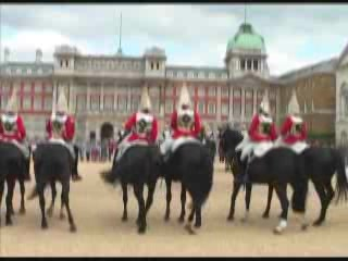 Images Changing the Guard at Buckingham Palace showplace