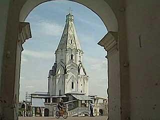 モスクワ:  ロシア:      コローメンスコエの主の昇天教会