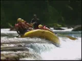 フィジー:      Extreme tourism