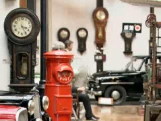 Фукуяма:  Япония:      Музей часов и автомобилей в Фукуяме