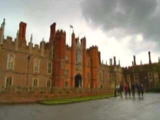 London:  Great Britain:      Hampton Court Palace
