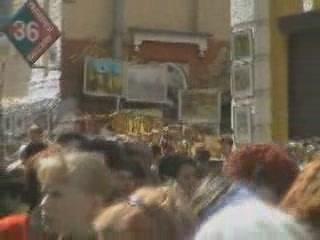 Kiev:  Ukraine:      Handicrafts Fair in Andreevsky Descent