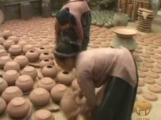 Hanoi:  Vietnam:      Hanoi ceramic