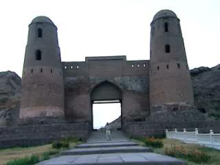 タジキスタン:      Hissar Fortress