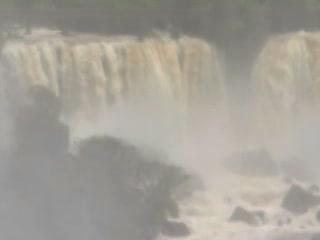 巴西:      伊瓜苏瀑布