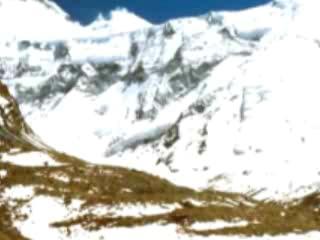 パミール高原:  タジキスタン:      イスモイル・ソモニ峰