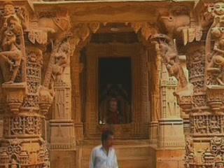 Джайсалмер:  Раджастхан:  Индия:      Джайнский храм в Джайсалмере