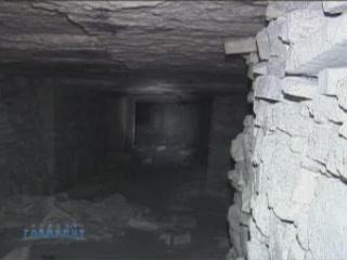 ケルチ:  Crimea:  ウクライナ:      Kerch quarry