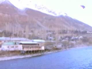 塔吉克斯坦:      Khorugh