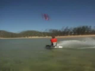Ponta do Ouro:  莫桑比克:      Kitesurfing in Ponta do Oura
