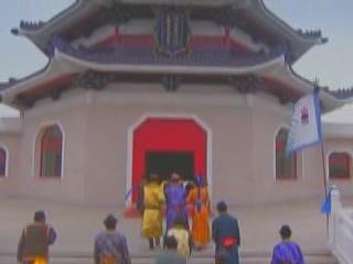 Внутренняя Монголия:  Китай:      Мавзолей Чингисхана