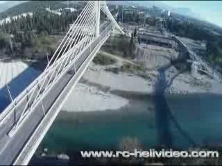 波德戈里察:  黑山:      Millennium Bridge (Montenegro)