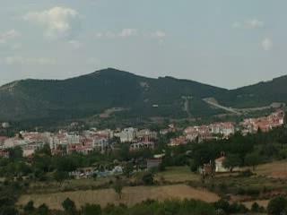 波利伊罗斯:  哈爾基季基州:  希腊:      Mount Cholomon