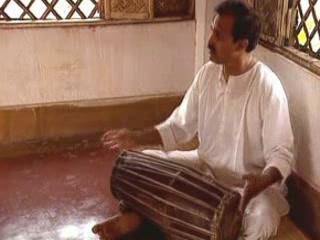 Керала:  Индия:      Мриданга