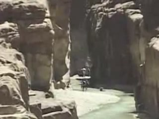 安曼:  约旦:      Mujib gorge