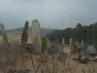 メーガーラヤ州:  インド:      Nartiang Monoliths