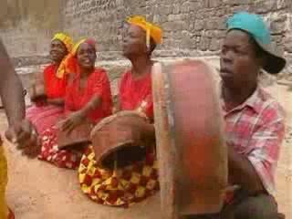 Mozambique:      National Dance of Mozambique
