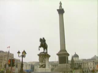 伦敦:  英国:      纳尔逊纪念柱