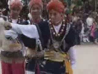 Мегхалая:  Индия:      Танец Нонгкрем
