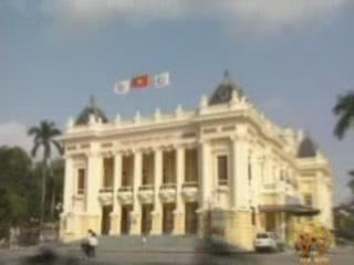 ハノイ:  ベトナム:      Opera Theatre in Hanoi