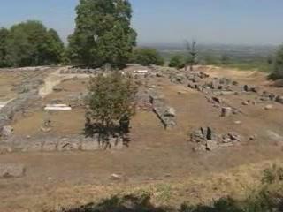 ヴェルギナ:  ギリシャ:      Palace in Egi