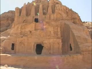 馬安:  约旦:      Petra ancient cave