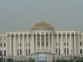 Душанбе:      Президентский дворец в Душанбе