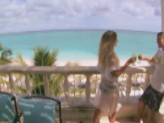 Turks and Caicos Islands:  英国:      Providenciales Island
