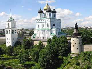 Pskov:  Pskovskaya Oblast':  Russia:      Pskov Krom
