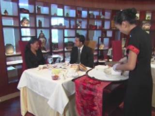Дубаи:  Объединенные Арабские Эмираты:      Ресторан Отеля Шангри-Ла