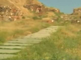 Армения:      Руины крепости Эребуни