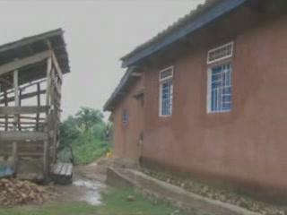 卢旺达:      Rwinyoni