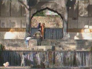 Jammu and Kashmir:  India:      Shalimar bagh