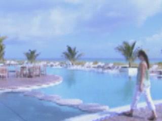 Turks and Caicos Islands:  グレートブリテン島:      St. Charles Condominium