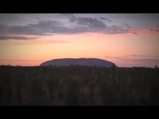 ダーウィン:  オーストラリア:      ウルル
