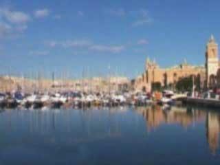 瓦莱塔:  马耳他:      Valletta marina