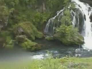 Slunj:  クロアチア:      Waterfalls Slunjčica