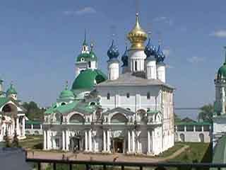 ロストフ:  ヤロスラヴリ州:  ロシア:      Zachatievsky Cathedral
