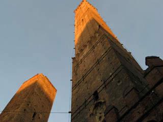 意大利:      博洛尼亚