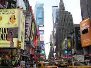 Нью-Йорк:  Соединённые Штаты Америки:      Бродвей