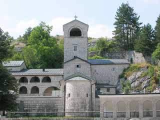黑山:      采蒂涅