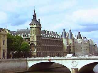 巴黎:  法国:      巴黎古监狱
